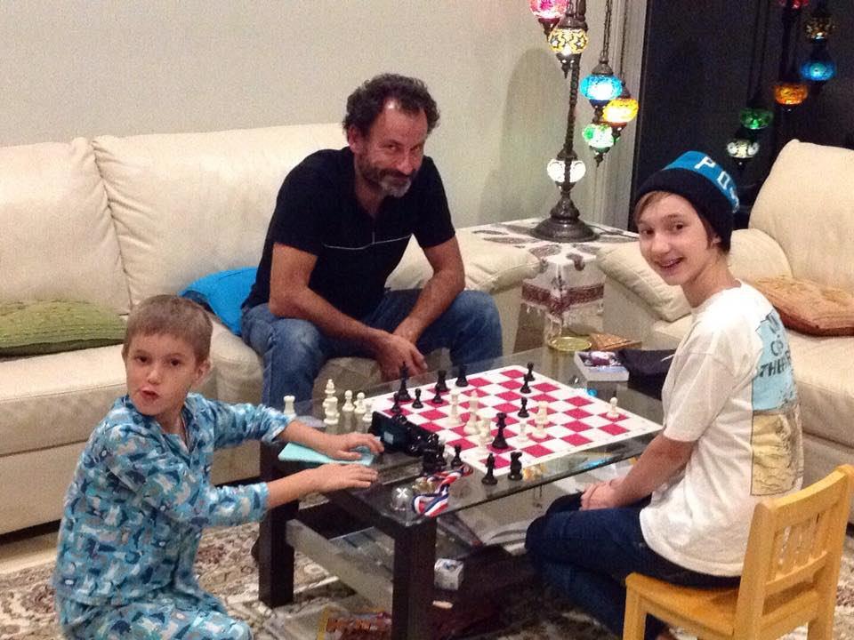 Australia – Jugando al ajedrez